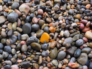 hans-pixabay-pebbles-1090506_1920
