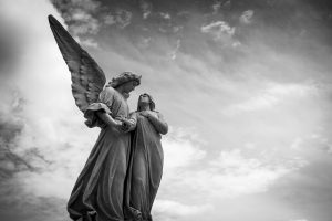karigamb08-pixabay-cemetery-1655378_1920