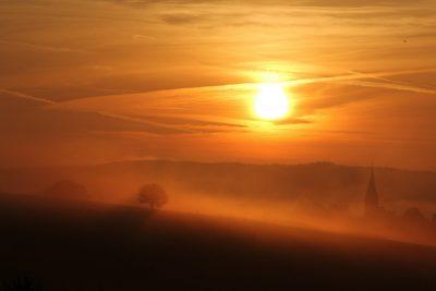Sonnenunterang über Landschaft